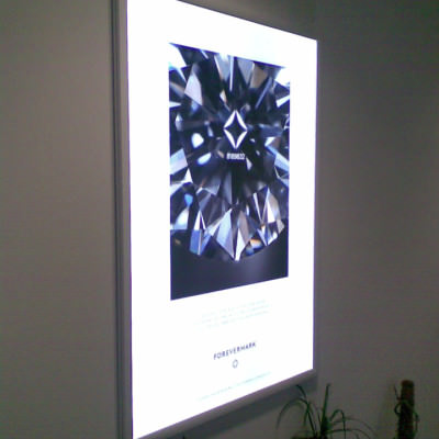 De Beers - LED Lightbox