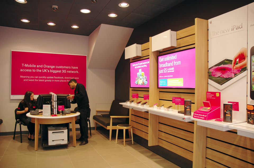 T-Mobile - LED Lightboxes