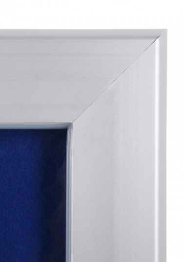 lockable-felt-noticeboard-toughened-glass10